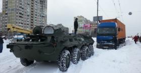 """كييف تتحرر من """"ثلوج الربيع""""، وصعوبات العاصفة تواجه عدة مدن"""